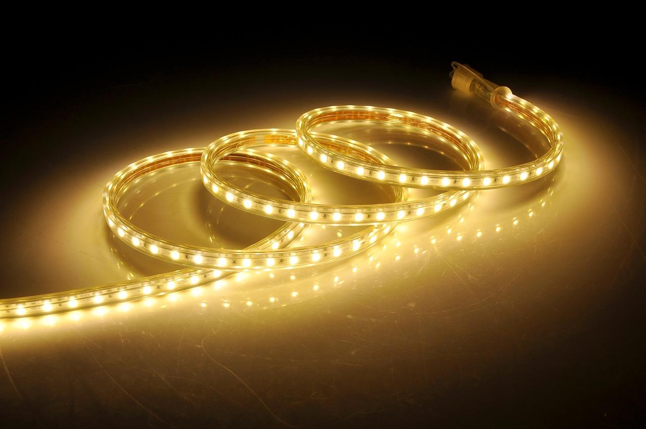 tiras de led vs lámparas